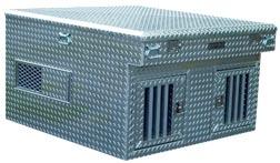 O-Style Dog Box